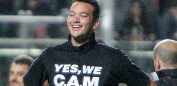 rever com a camisa yes we cam produzida pela W3 Uniformes